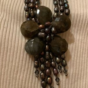 Jewelry - Chocolate pearl necklace